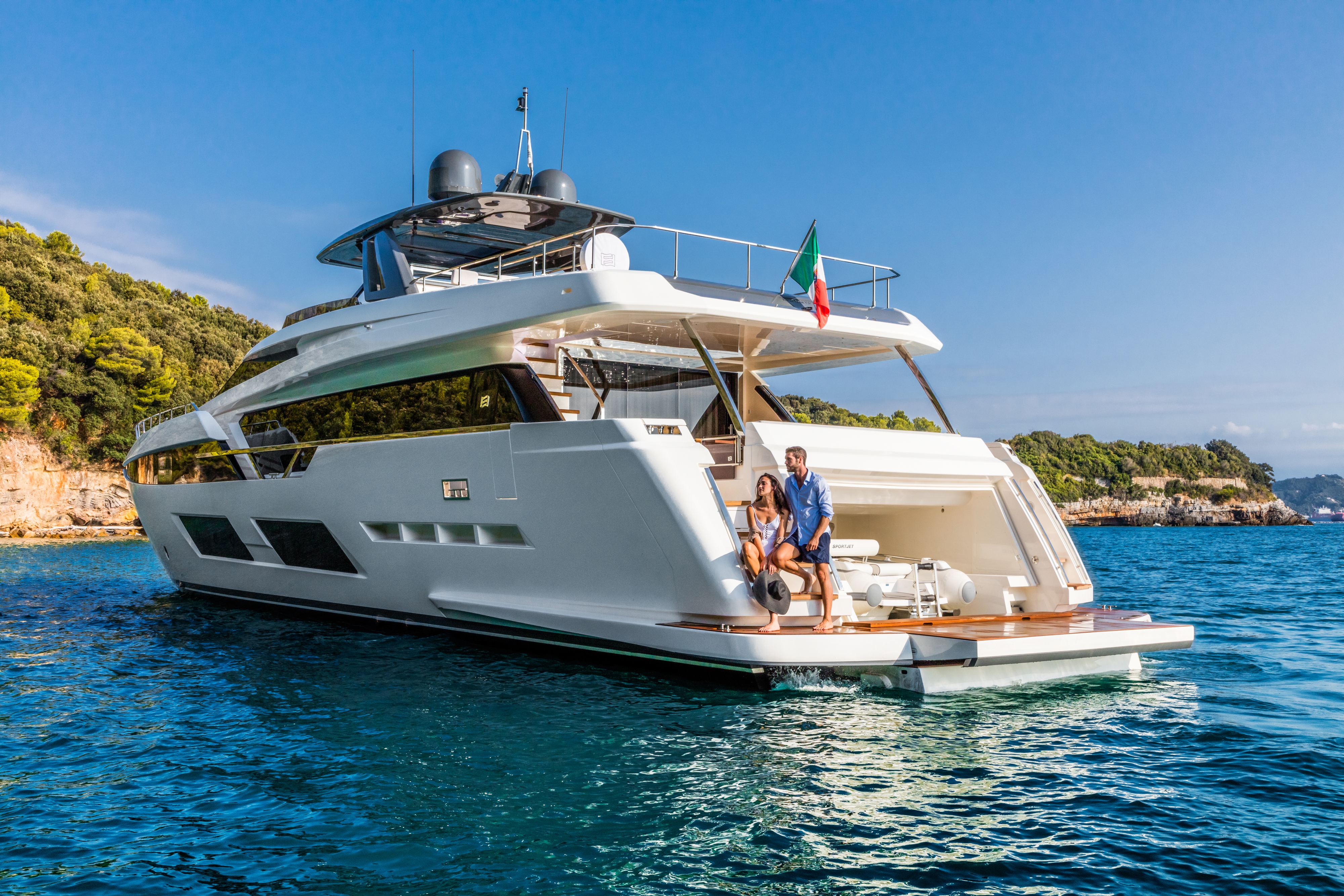 new style 019f9 3a7ab Ferretti Yachts 920 - New boat Sales - Pre-owned for sale ...